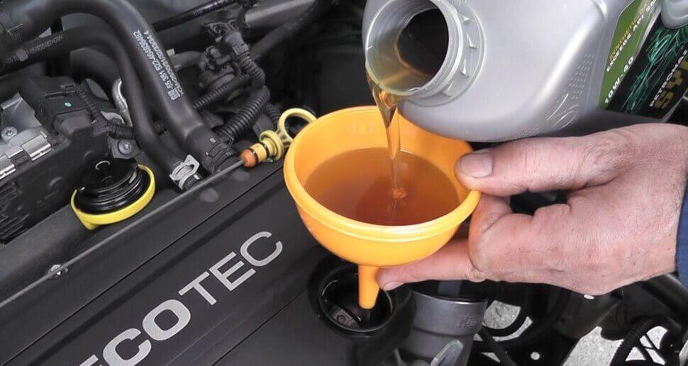 Масло для автомобиля с дизельным двигателем