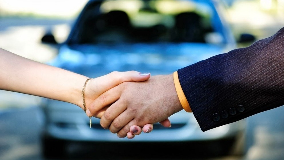 Как оформить продажу машины между физическими лицами
