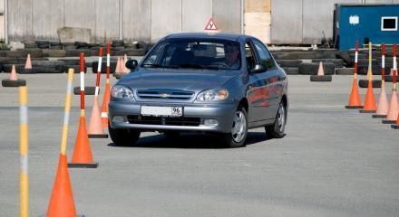 Последовательность действий при выполнении упражнений на автодроме