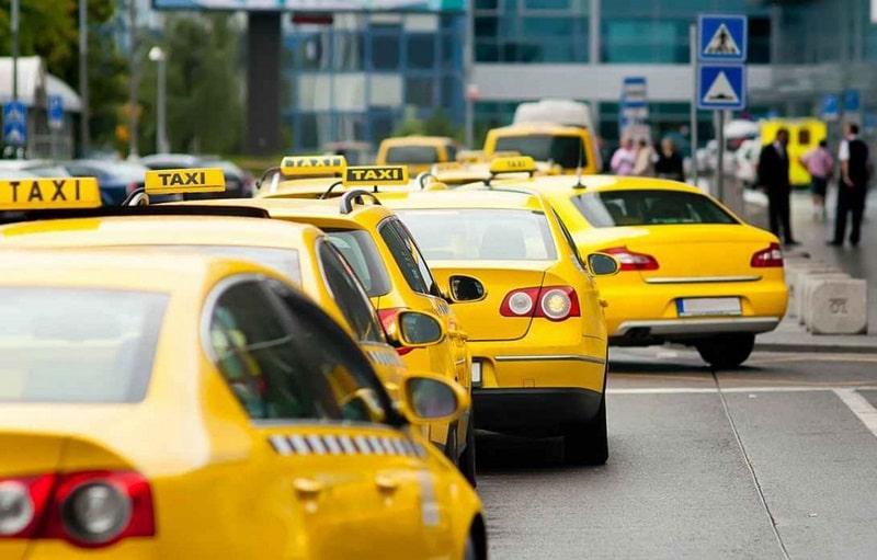 Какие автомобили подходят для такси: рейтинг без «Соляриса» и «Рио»