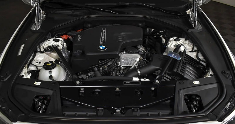 BMW 5 серии F10 двигатель