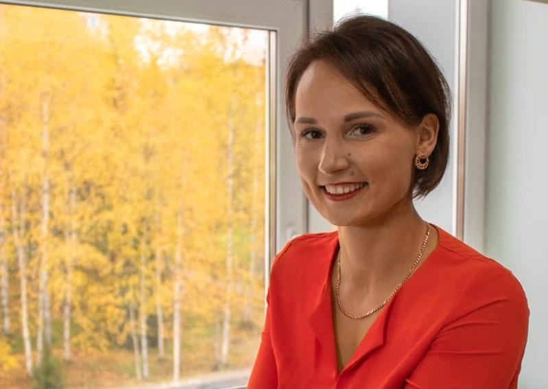 Алена Хотмирова