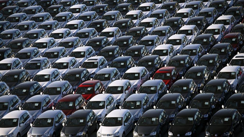 Автомобили с пробегом подорожали на 6%