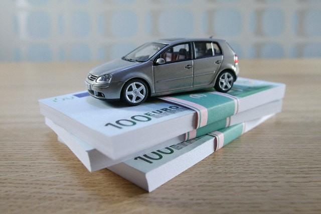 купить машину в автосалоне